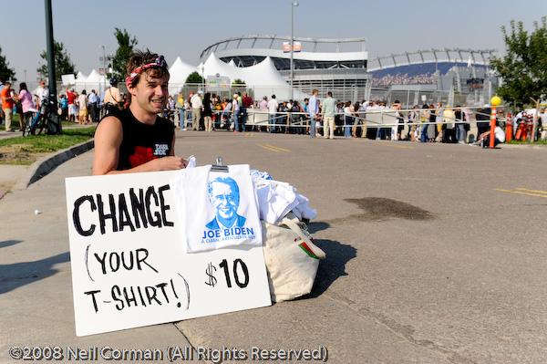 Vendor selling Joe Biden T-shirt at the DNC