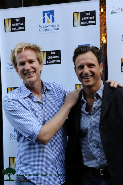 Matthew Modine and Tony Goldwyn stop for pictures