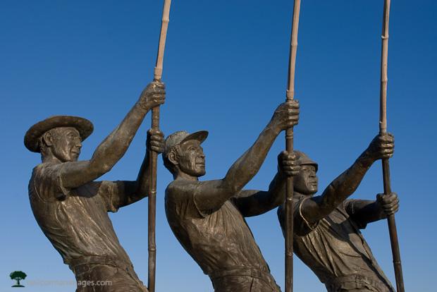 Tunaman Memorial in San Diego